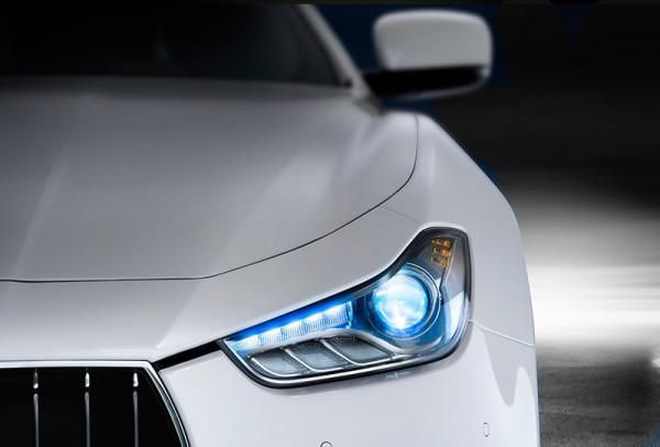 car-headlight1